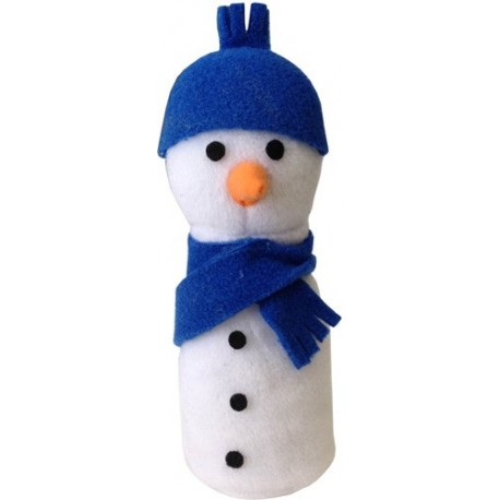 This snowman isn't too cold for your kitty.